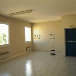 Location Bureau Champlan 160 m²