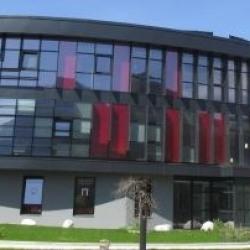 Location Bureau Challes-les-Eaux 128 m²
