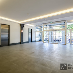 Location Bureau Paris 16ème 955 m²