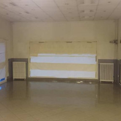 Location Local commercial Montreuil 295 m²