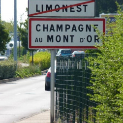 Location Bureau Champagne-au-Mont-d'Or 12 m²