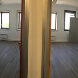 Location Bureau Montigny-le-Bretonneux 18 m²