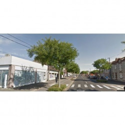 Location Local commercial Luisant 120 m²