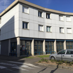 Location Local commercial Gières 119 m²