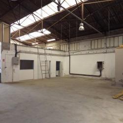 Location Local commercial Venelles 720 m²