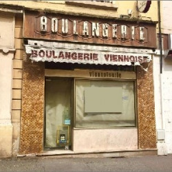 Location Local commercial Oullins 161 m²