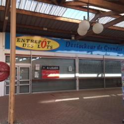 Location Local commercial Val-de-Reuil 925 m²