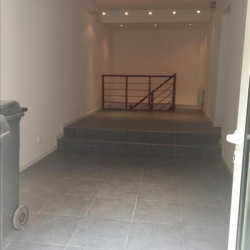 Location Local commercial Halluin 25 m²