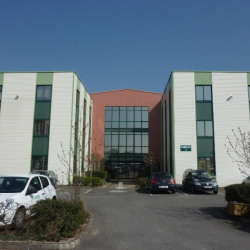 Location Bureau Vern-sur-Seiche 620 m²