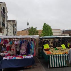 Location Local commercial Montereau-Fault-Yonne 195 m²