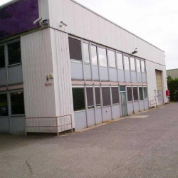 Vente Local d'activités Buc 1300 m²