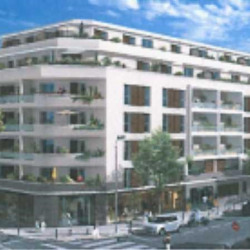 Vente Local commercial Marseille 5ème 195 m²