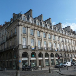 Location Bureau Rennes 202 m²