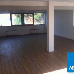 Location Bureau Lormont 82 m²