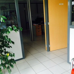 Location Local d'activités Villefranche-sur-Saône 500 m²