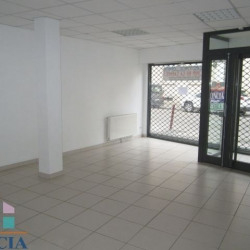 Location Local commercial Beauvais 65,12 m²