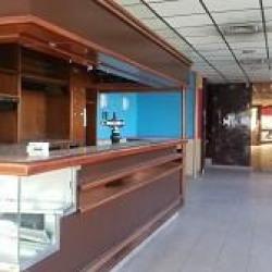 Location Local commercial Saint-Laurent-du-Var 940 m²