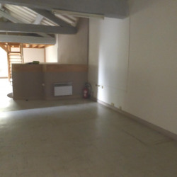 Location Bureau Villefontaine 107 m²