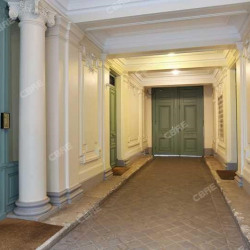 Location Bureau Paris 8ème 211 m²
