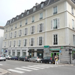 Location Local commercial Grenoble 140 m²