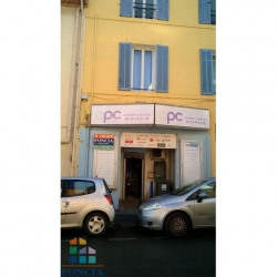 Location Local commercial Gardanne 53,5 m²