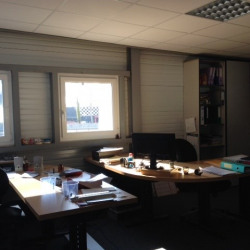 Location Local commercial Augny 320 m²