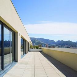 Location Bureau Marseille 10ème 3472 m²