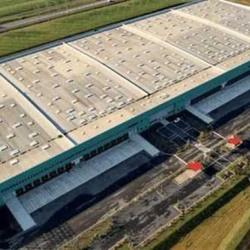 Location Entrepôt Louailles 18895 m²