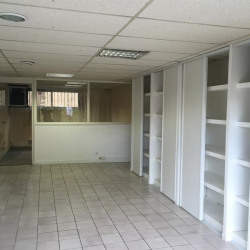 Location Bureau Franqueville-Saint-Pierre 70 m²