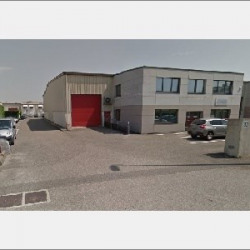 Location Local commercial Chassieu 686 m²