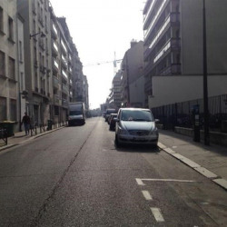 Location Local commercial Paris 20ème 95 m²