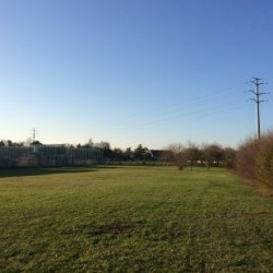 Location Terrain La Riche 3900 m²