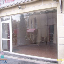 Location Local commercial Agde 28,27 m²