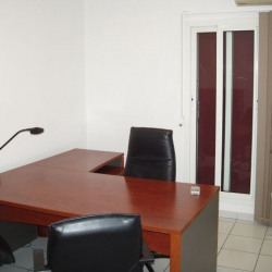 Location Local commercial Antibes 64,66 m²