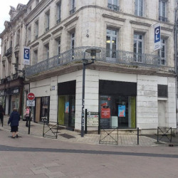 Location Local commercial Angoulême 90 m²