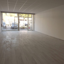Location Local commercial Cagnes-sur-Mer 63 m²