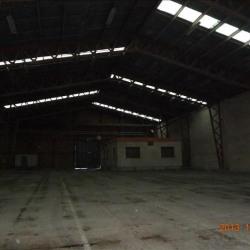 Location Entrepôt Diors 2750 m²