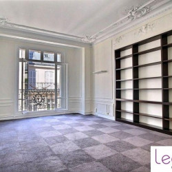 Location Bureau Paris 8ème 320 m²