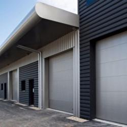 Location Local d'activités Montussan 147 m²