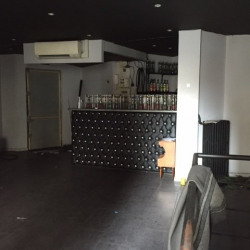 Location Local commercial Paris 17ème 95 m²