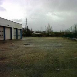 Location Entrepôt Vaulx-en-Velin 865 m²
