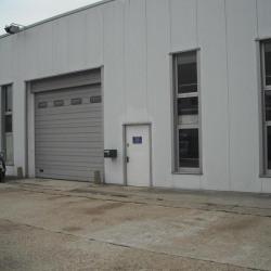 Location Entrepôt Saint-Ouen-l'Aumône 433 m²