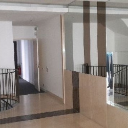 Location Bureau Neuilly-sur-Seine 927 m²