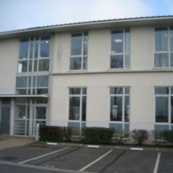 Location Local d'activités Lieusaint 187 m²