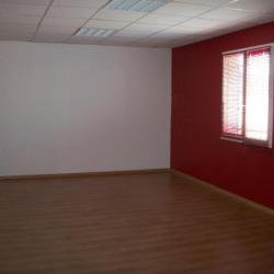 Location Bureau Caissargues 89 m²