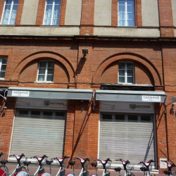 Location Local commercial Toulouse 82 m²