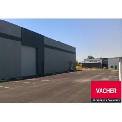 Location Local d'activités Ambarès-et-Lagrave 370 m²