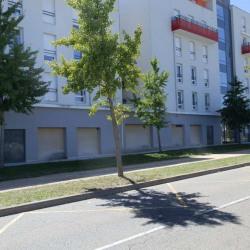 Vente Local commercial L'Isle-d'Abeau 129 m²