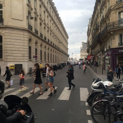 Cession de bail Local commercial Paris 7ème 34 m²