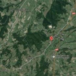 Terrain  de 1500 m²  Champs  (63440)